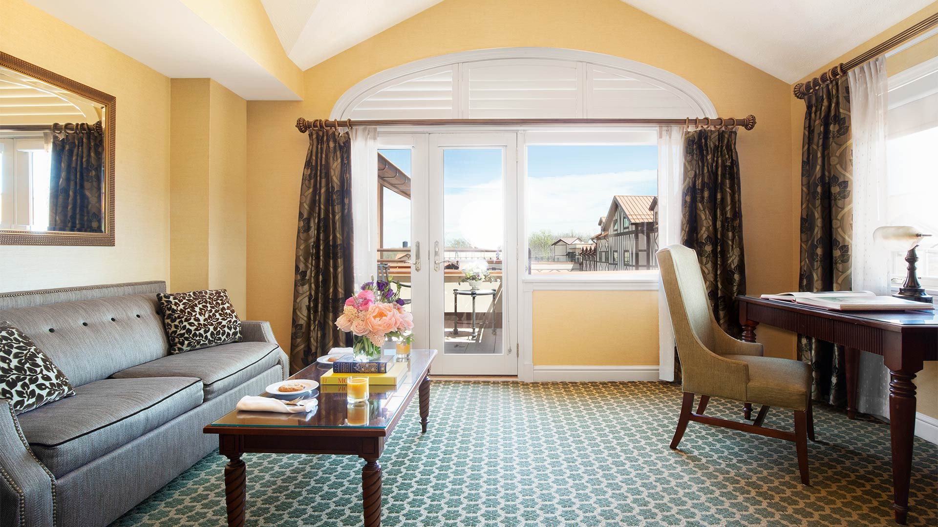 Lodge King Suite